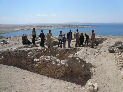 The Australian archeological dig at Jebal Khalid dig on the banks of the Euphates