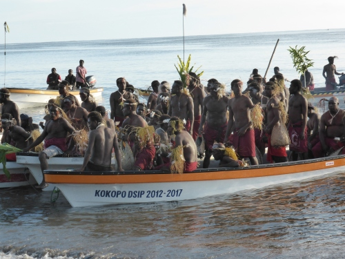 These are the banana boats bringing the tribes from the Duke of York Islands to the mask festival. These boats are the main mode of transport around and between the islands. Lives can be lost in rough seas.