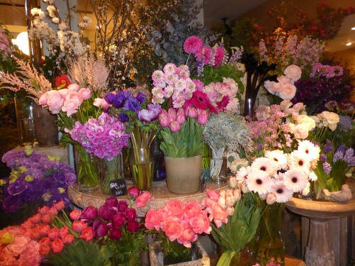 Flower shop in the U Goto building